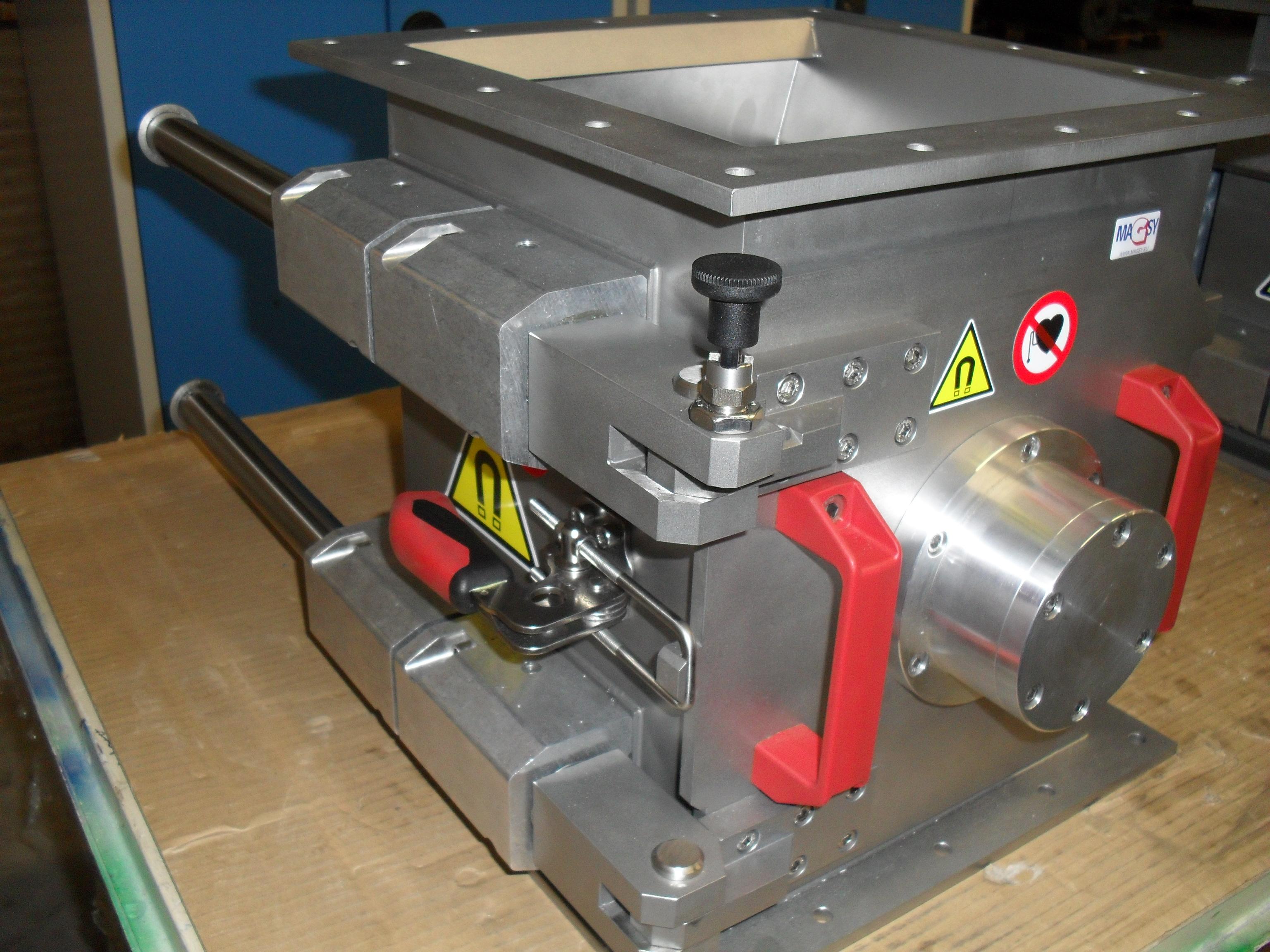 Rotačný magnetický separátor MSVR