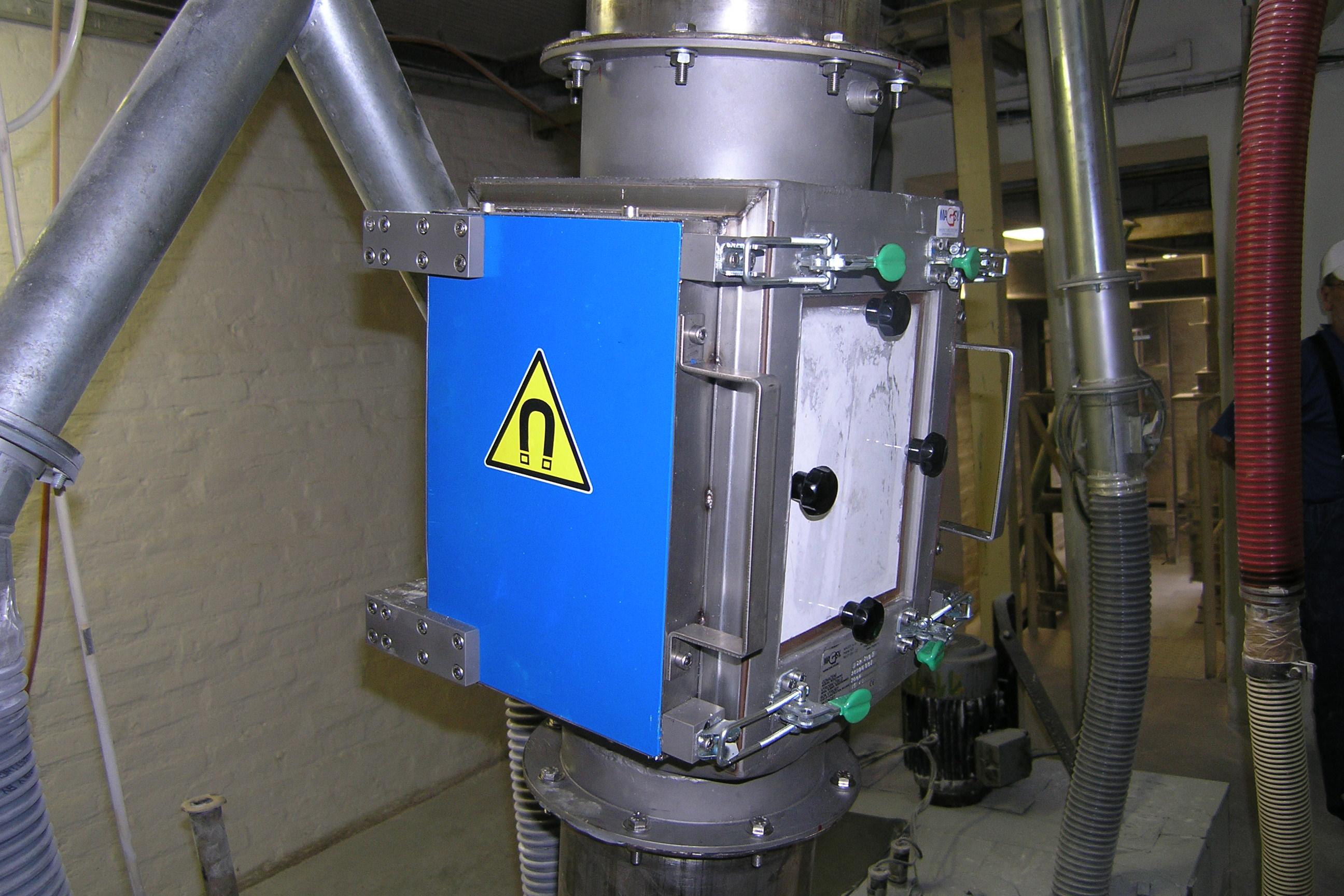 Doskový magnetický separátor MSP / Magnetická lucerna